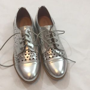 Silver Wanted Brogues, size 8.5